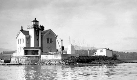 Saugerties Lighthouse, NY, USCG photo