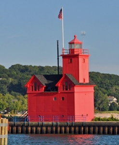 Holland Harbor Light, Creative Commons, photo by Rodney Campbell