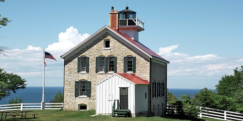 Pottawatomie Lighthouse (Rock Island Light) WI