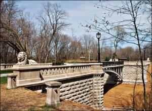 Lion Bridge, Lake Park, WI, courtesy flickr