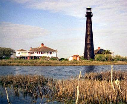 Bolivar Point Lighthouse, Texas, photo courtesy lighthousefriends.com.