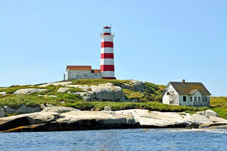 Sambro Island Lighthouse, photo by Dennis Jarvis, courtesy Wikimedia.
