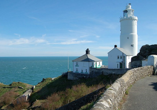 Start Point Lighthouse,  Devon, UK, source Wikipedia Commons, photo by  Nilfanion