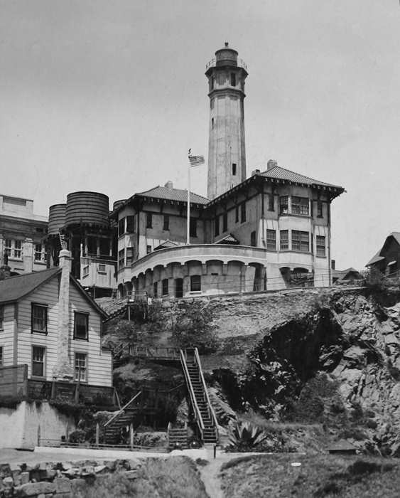Alcatraz Lighthouse 1910, photo courtesy National Archives