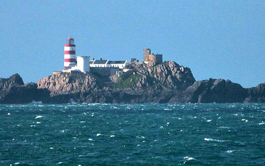 Les Casquets Lighthouse, photo by Juan Gutierrez Andres, courtesy of Wikipedia Commons.